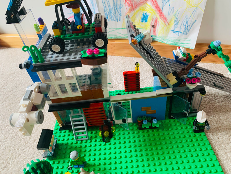 "Lego contest winner individual Age 6 - 8  ""Future Flying Garage Home!"""