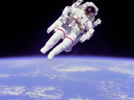 Bruce McCandless floating free of Space Shuttle Columbia