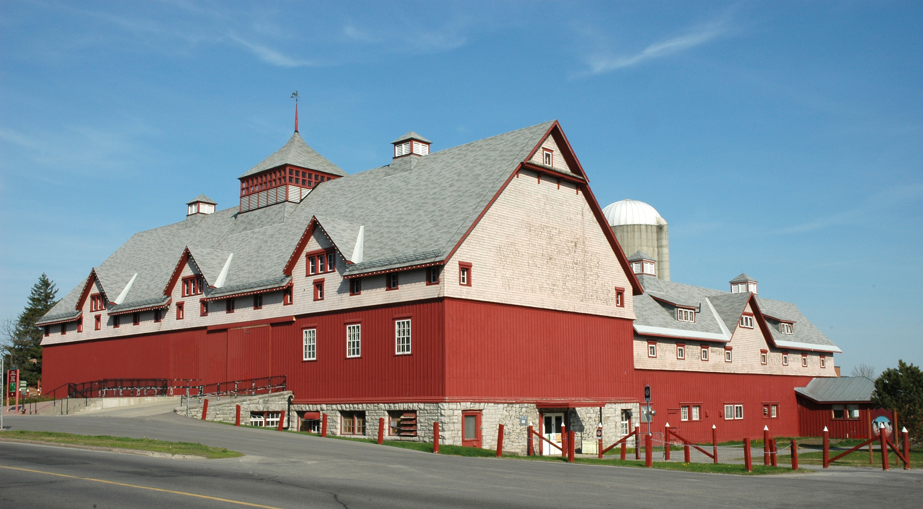 Barn Building 88 at the Canada Agriculture and Food Museum