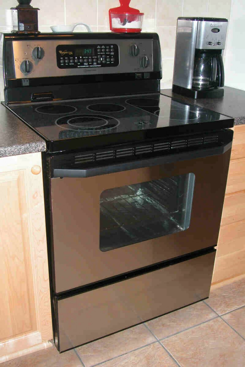 From The Stove To Electric Range Collection Wiring Outlet Canada Whirlpool Corporation 2003