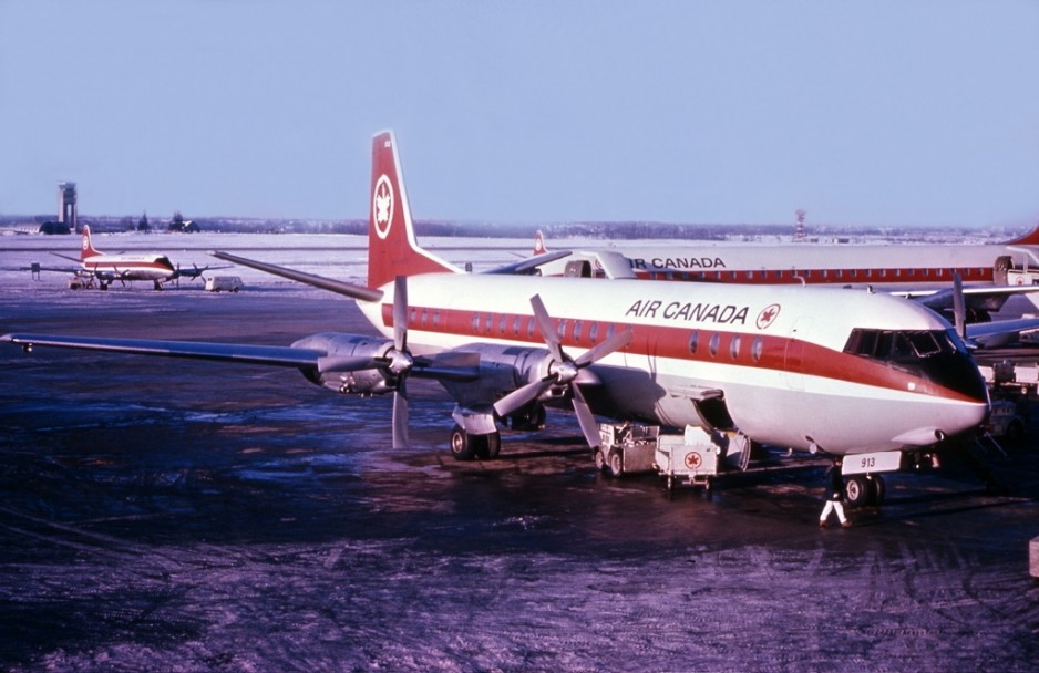 A Vickers Vanguard of Air Canada, Toronto International Airport, January 1968. Wikipedia.