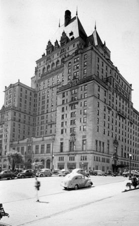 Hotel Vancouver in 1946