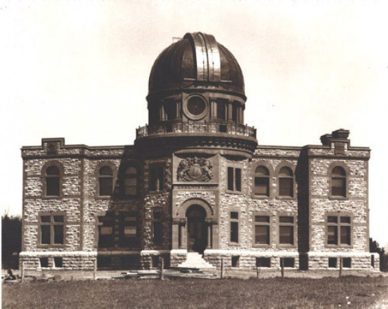 The completed Dominion Observatory, about 1905.