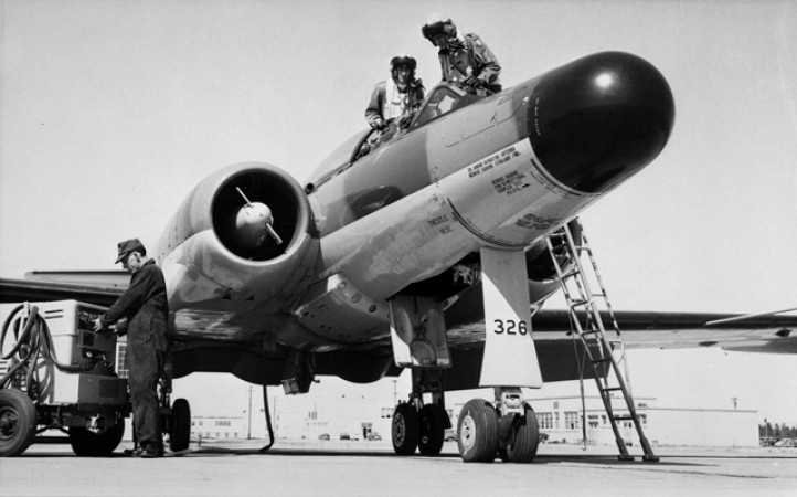 Maintaining  the Avro Canada CF-100 Mk.5D
