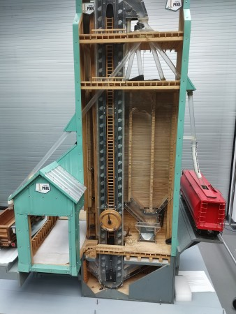 A closer look at the inner workings of the grain elevator model.