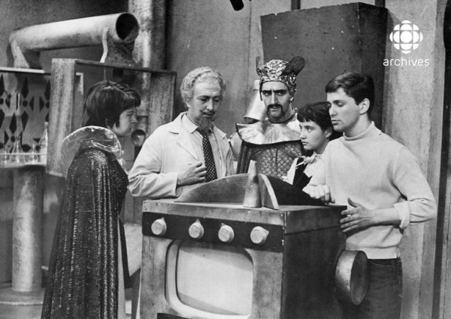Some actresses and actors who contributed to the success of the Québec science fiction television series Opération-Mystère, 1958. From left to right, Luce Guilbeault, Marcel Cabay, Georges Groulx, Louise Marleau and Hervé Brousseau. Société Radio-Canada.
