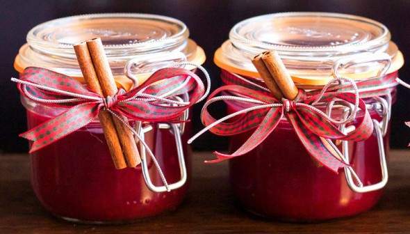 spiced cranberry preserves