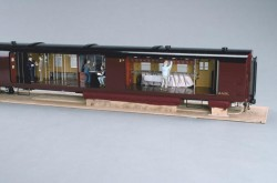 Model of a 20th century Canadian Pacific train with a full view of the interior of a railway post office, Canadian Museum of History, 1974.2091.1 a-c