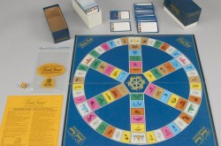 Caption: Trivial Pursuit – Master Game – Genus Edition, c. 1983. Canadian Museum of History, 2009.71.1607.2