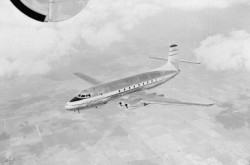 C-102 Jetliner during a flight, October 24, 1950. Source: Library and Archives Canada/a067504