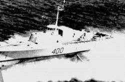 "The Canadian anti-submarine hydrofoil HMCS Bras d'Or travelling at high speed. Anon., ""World's fastest warship."" The Gazette, 18 July 1969, 13."