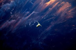 The cygnus spacecraft approaches the International Space Station