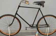"Bicyclette ""No. 10"" de Crescent"